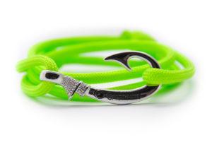 braccialetto-amo-da-pesca-fluo-green-amo-acciaio