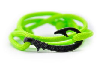 braccialetto-amo-da-pesca-fluo-green-amo-nero